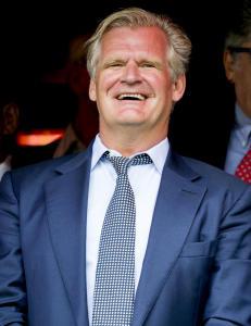Det er bare en mann som avsetter trenere i V�lerenga og han er fortsatt p� Rekdals side