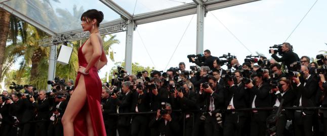 Avsl�rer hemmeligheten bak Cannes' mest omtalte kjole