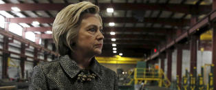 Derfor sliter hun mot Trump: Gamle sex-skandaler og private e-poster