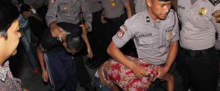 Indonesia innf�rer kjemisk kastrering og d�dsstraff for barneovergripere