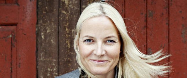 Mette-Marit blir fadder for prins Oscar