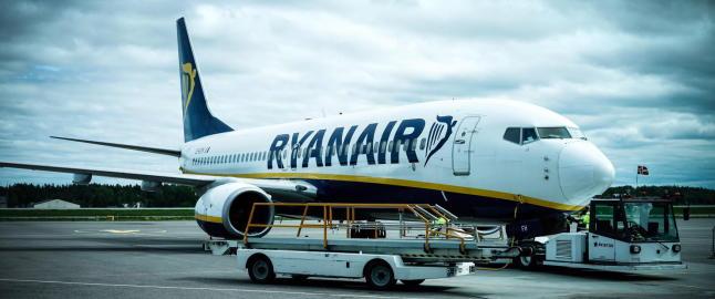 Frp stiller seg bak  flypassasjeravgiften likevel