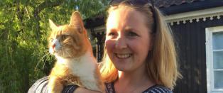 Caroline (27) l�ner bort huset (og katten) til vanskeligstilt familie