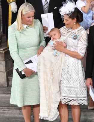 I dag ble prins Oscar døpt. En av dåpsgavene kan være ulovlig