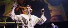 Tr�ndelag Teaters Hedda f�ler p� tilv�relsens uutholdelige uekthet