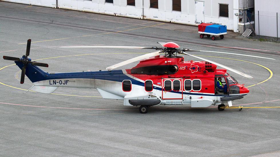 HELIKOPTERULYKKE:  Det var et slikt helikopter fra CHC helikopterservice som styrtet ved Turøy utenfor Bergen den 29. april. Foto: Fotoweb