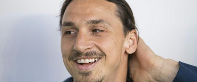 Skadet Zlatan hedret: - Jeg beklager, men jeg kommer. Vent p� meg