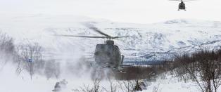 Forsvaret kutter helikoptre i nord - m� leie privat
