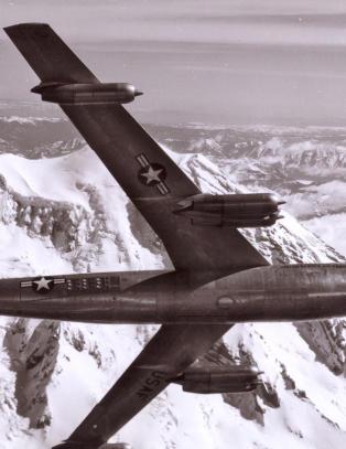 Mye i flyhistorien er fremdeles uoppklart. Det er ikke bare Malaysia Airlines flight 370 som er blitt sporløst borte