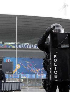 USA advarer: Mener fotball-EM et mulig terrorm�l
