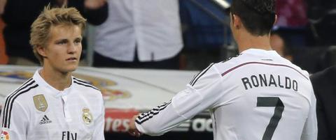 ��degaard kan bli min avl�ser�, sa Ronaldo if�lge boka. N� sier superstjernen at intervjuet er l�gn