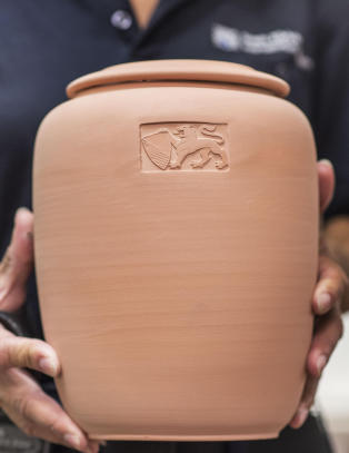 Skulle begraves i dag, men så var urnen stjålet