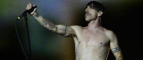 Red Hot Chili Peppers krever kontrakt med plateanmeldere