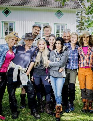 «Kjendis-Farmen»-deltakere avslører seg selv i sosiale medier
