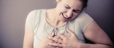 13 000 nordmenn f�r hjerteinfarkt hvert �r. Her er de 13 vanligste symptomene