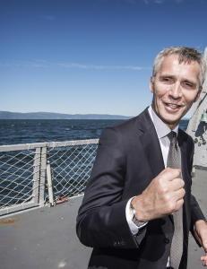 Slik får NATO-sjefen tid til å skrive bok
