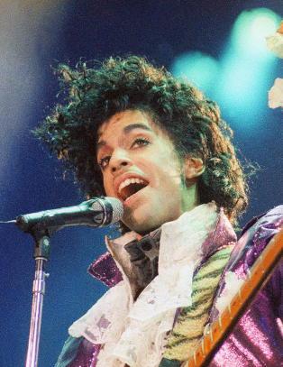 Judith (32) jobbet med Michael Jackson før han døde. Nå mistet hun sin andre stjernesjef
