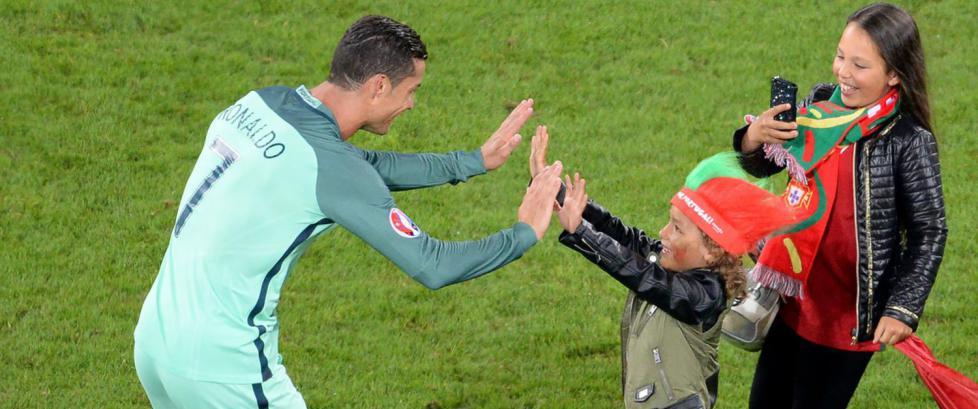 Sorry, s� lett blir du ikke kvitt Ronaldo i EM
