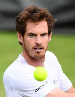 Andy Murray var p� vei bort til gymsalen der drapsmannen skj�t mot barna: - Jeg kjente morderen
