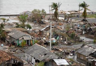 ORKANENS ØDELEGGELSER: Strandlinjen i Santa Cruz del Sur på Cuba etter orkanen Paloma som rammet i november 2008