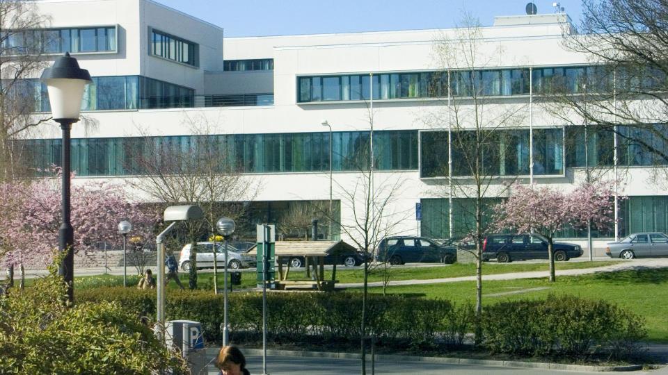 STRIDEN FORTSETTER I NORGE: Siden 2007 er det rettet anklager mot Rekkedal fra kolleger ved F�rsvarsh�gskolan i Stockholm.