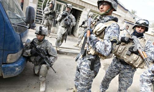 TREKKES UT: Over 4000 amerikanske soldater har mistet livet i krigen. Foto: Scanpix