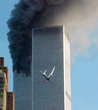 TROR IKKE AL-QAIDA STO BAK: - USA har ikke svart p� de store sp�rsm�lene. Hvem sto bak angrepet?, p�st�r Ghufoor Butt. Foto: SCANPIX
