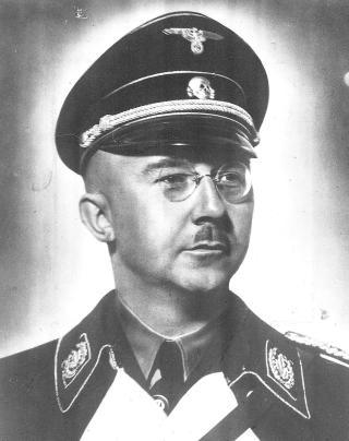 TRODDE ARIERNE BRAKTE SIVILISASJON TIL VERDEN: SS-sjefen Heinrich Himmler mente tyskerne kunne spore anene sine tilbake til en herskerklasse; arierne eller den nordiske rase. SS var en menneskelig avlsbase som skulle brukes til � gjenskape herskerrasen. Foto: NTB