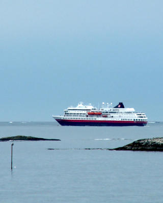 ATLANTERHAVET: Hurtigruta passerer daglige det ber�mte veistrekket.