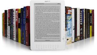 BEDRE PLASS: Kindle DX har plass til 3500 b�ker, aviser, magasiner og dokumenter. Foto: AMAZON