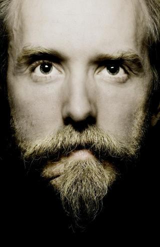 SKYLDER P� MEDIA: — Milj�et ble rett og slett satanisk p� grunn av medias fokus p� satanisme, skriver Varg Vikernes i sin upubliserte bok. Foto: LINDA N�SFELDT/DAGBLADET