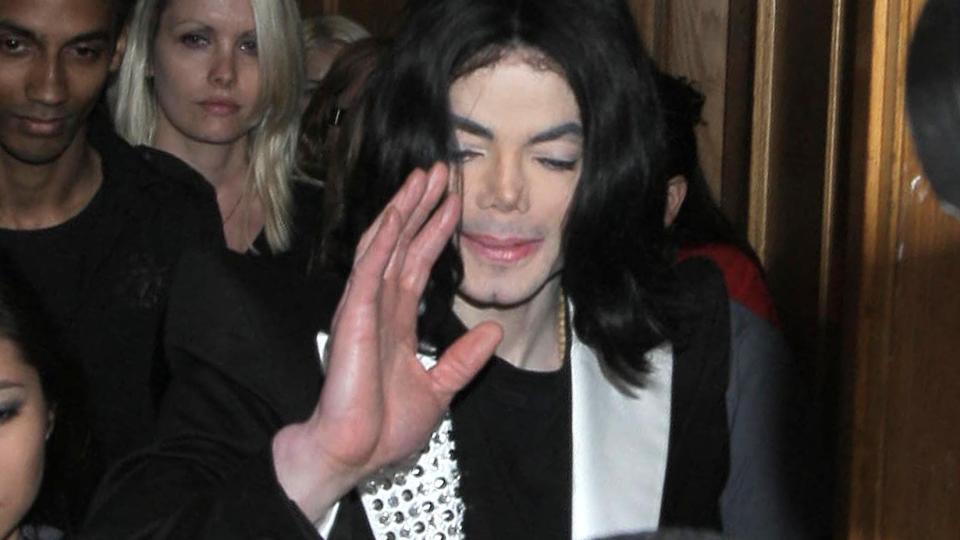 Michael Jackson døde nok av pillemisbruk. thumbnail