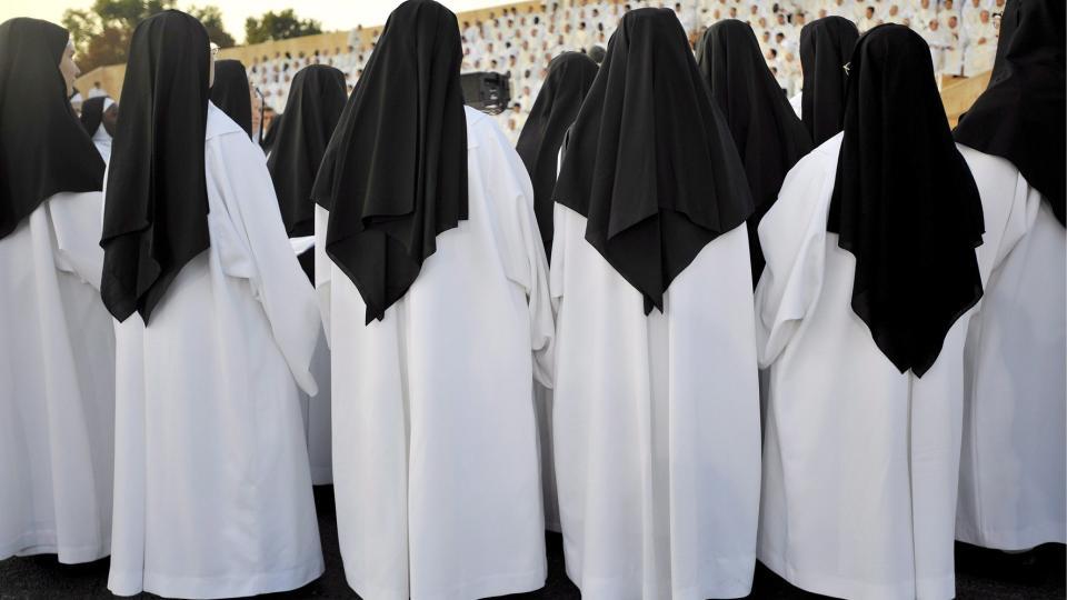 Ja hva gjør ikke nonner for sin pave, jeg bare spør? thumbnail