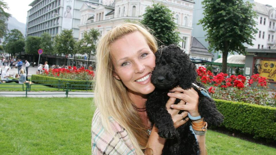 Vær så snill Dorthe Skappel å la oss slippe å se deg mer. thumbnail