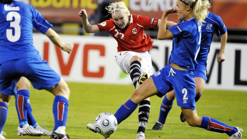 MATCHVINNER: Cecilie Pedersen scoret kampens eneste m�l da Norge slo Island 1-0 i EM. Foto: AP