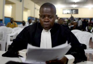 FREMMET KRAV: Statsadvokatens representant, Jean Nakombo Mandjo, fremmet torsdag p� vegne av den kongolesiske stat krav om 500 milliarder dollar i erstatning fra Norge og de to drapstiltalte nordmennene. Foto: VEGAR K. VATN/SCANPIX