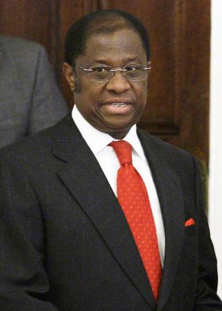 MOTPART: Alexis Mwamba, Kongos utenriksminister, ga tidligere i dag garantier for at Moland og French ikke vil bli henrettet, trass i at de er d�mt til d�den i Kisangani. Foto: IVAN SEKRETAREV/AP/SCANPIX