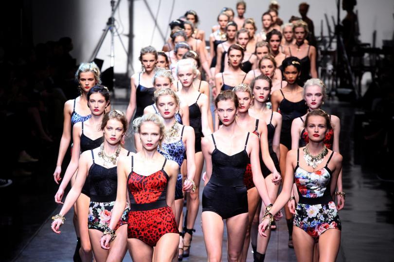 Ekteparet Dolce & Gabbana i Milano, hva er det for noen raringer? thumbnail