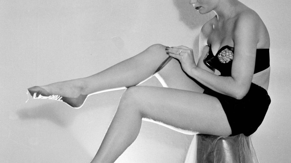 unge nakne jenter kjønnslepper større
