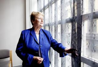 ALLERGISK MOT MOBILER: Tidligere statsminister Gro Harlem Brundtland fortalte om el-allergien i et intervju med Dagbladet i 2002.  Foto: Espen R�st / Dagbladet