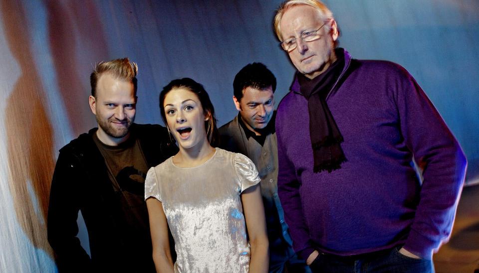 MasterChef p� TV3: Fra h�yre: Eyvind Hellstr�m, Jan Vard�en og Tom Victor Gausdal. Jenny Skavlan er programleder. Foto: Lars Eivind Bones / Dagbladet