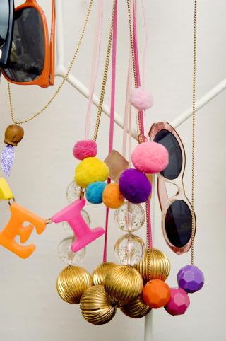 Egne smykker:  Sykkene Charlotte lager er popul�re venninnegaver.