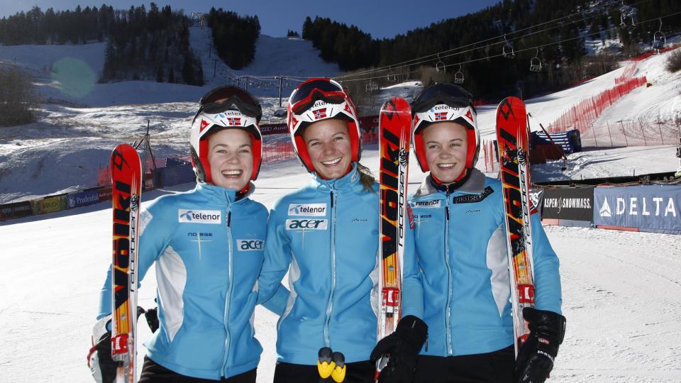 GIRL POWER:  Lene L�seth (til venstre), Mona L�seth og Nina L�seth kom seg alle til finaleomgangen i ett og samme verdenscuprenn i alpint, som de f�rste s�strene noensinne. Foto:    Francis Bompard/Agence Zoom/Getty Images/AFP