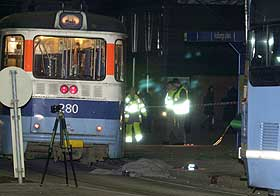 ERSTATNING: Både Oslo Sporveier og trikkeføreren ble dømt i forbindelse med dødsulykken på Holbergs Plass i fjor. Nå kommer det erstatningssøksmål fra de etterlatte.