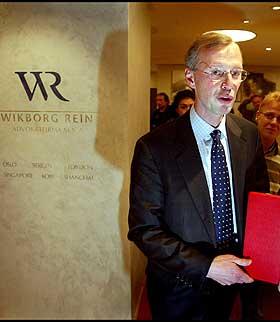 TAUS:  Leif Petter Madsen, styreformann i Wikborg, Rein & Co., �nsker ikke � kommentere saken.