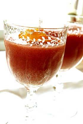 R�d dessert:  Tomatmousse er intet mindre enn en molekyl�rgastronomisk oppdagelse. Fra Frankrike, selvsagt.
