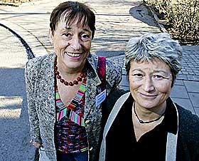FRANSKE PIONERER: Frankrike er det eneste europeiske landet som straffeforfølger kjønnslemlestere. Advokat Linda Weil-Curiel og lege Emmanuelle Piet har reddet hundrevis av jenter fra lemlestelse.