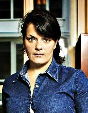 STERKT PREGET: Elina Krantz, daglig leder i Stand Up Norge og Einar Holms sjef - krantzX_280X222