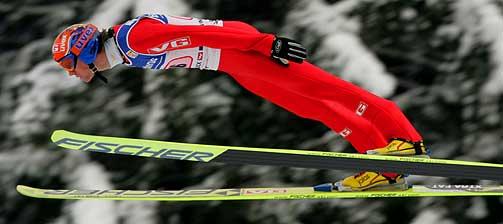 PÅ PALLEN: Roar Ljøkelsøy kom på 3. plass både i dagens renn og i Hoppuka sammenlagt.