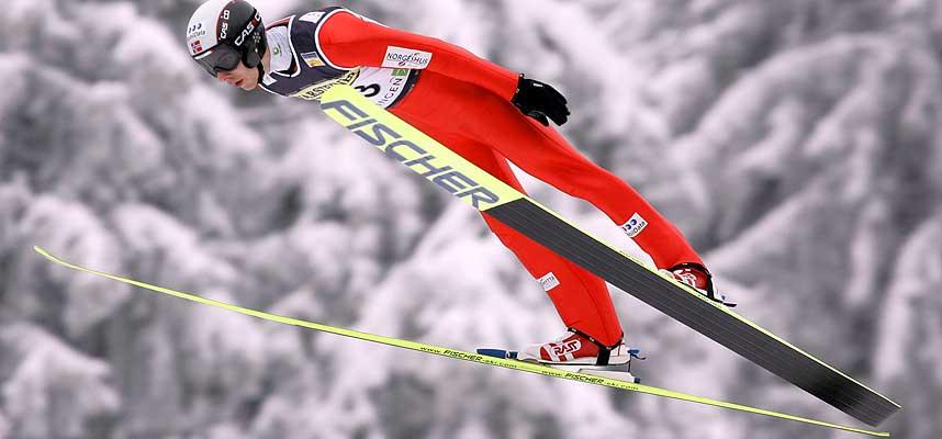 NORGESMESTER: Petter Tande la grunnlaget i hoppbakken under dagens kombinert-NM. Bildet er fra verdenscuprennet i Oberhof i romjula.
